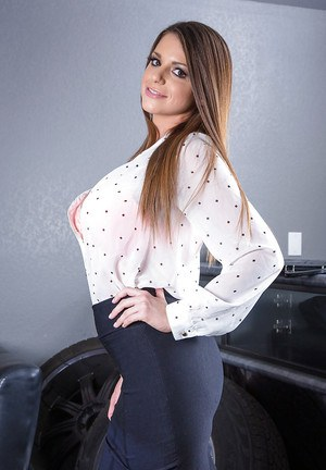 Brooklyn Chase loves showing off her huge melons and her big ass
