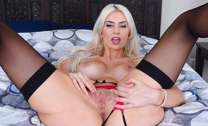 Gigi Allens will blow your mind with her super sexuality and curves