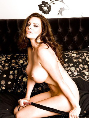 Glamorous pornstar Linsey Dawn McKenzie shows some hot striptease
