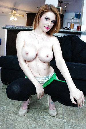 Big tits babe Lilith Lust is teasing her shaved pussy outdoor