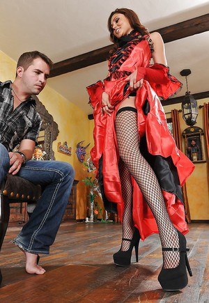 Gorgeous milf with long legs Ariana Marie is doing an footjob