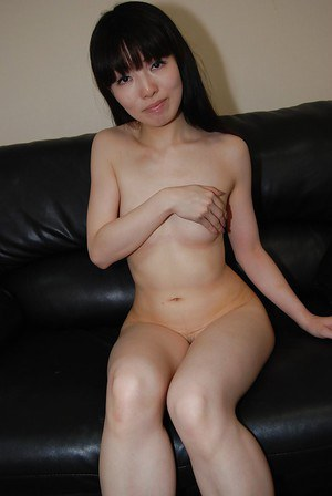 Masturbating brunette with tiny tits Idumi Haneda is playing with toys