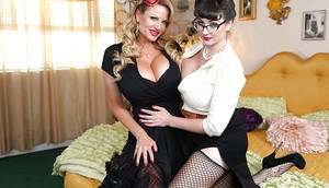 Threesome sex featuring an big tits milf babe Beverly Paige and her lovers