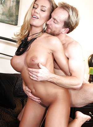 Hardcore fuck scene features blonde babe with big tits Nicole Aniston