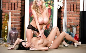Amateur lesbian sex features milf with big tits Kelly Madison