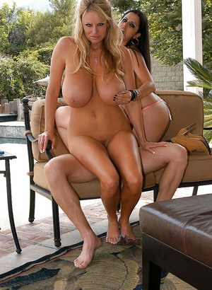 Outdoor hardcore groupsex features an big tits pornstar Diamond Kitty