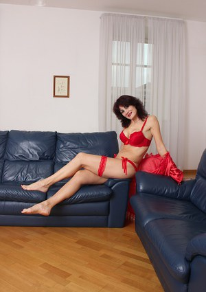 Undressing milf babe Melisa caught on camera in her red underwear
