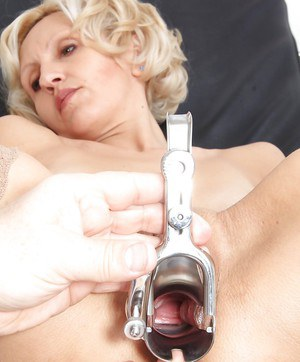 Mature blondie Sava has her pussy shown in close up by her doctor
