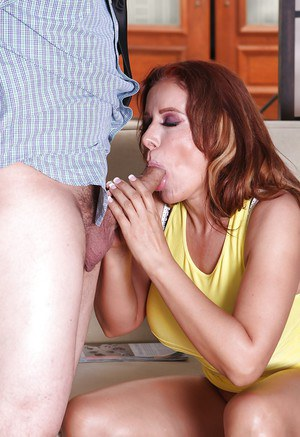 Damn good-looking MILF Nicky is an awesome pussy banging slut