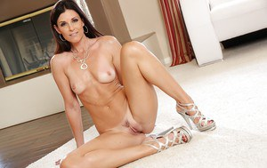 Nasty brunette India is one of the most famous mature pornstars
