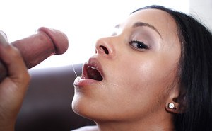 Gonzo cumshot scene features an Ebony amateur babe Anya Ivy