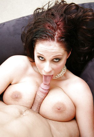 Milf pornstar Gianna Michaels has her tight ass fucked hardcore