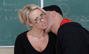 Cougar teacher Carolyn Reese has her milf pussy licked and fucked