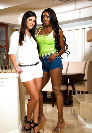 Ebony lesbian Diamond Jackson has her milf ass teased by India Summer