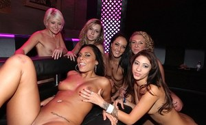 Esmi Lee, Tiffany Taylor, Brooke Wylde, Gianna Nicole enjoys groupsex party