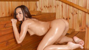 Aurelly Rebel teases her oiled pussy and ass while in sauna