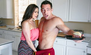 Brunette milf with big tits Kendra Lust in another cumshot scene