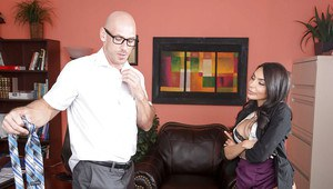 Big tits Latina brunette Lela Star enjoys sex with her boss in office