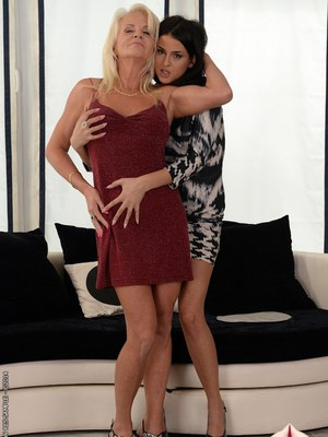 Lesibna teen Coco De Mal pleases a sweet blonde granny in close up