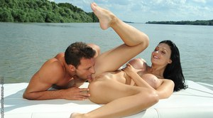 Big tits pornstar Aletta Ocean pleases her man with a blowjob outdoor