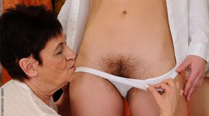 Teen chick licks out hairy pussy of a lesbian granny Hadjara