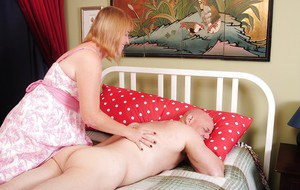 Mature cowgirl Bethany has her fatty pussy nailed hardcore