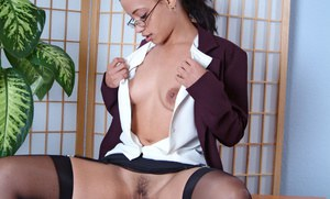 Teen babe Nautica Binks reveals her amateur hairy pussy while undressing