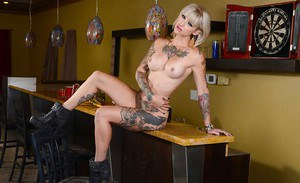 Punk girl Kleio looks just wonderful when she is absolutely naked