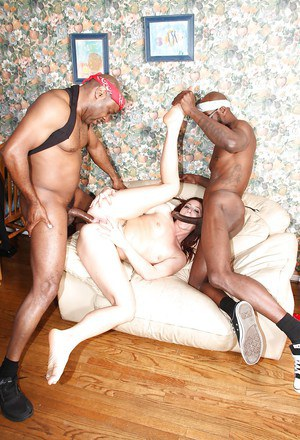 Wesley Pipes has Interracial groupsex with some black dudes