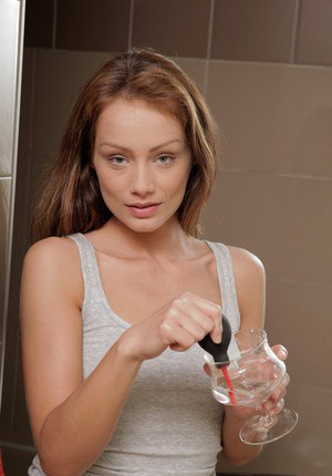 Pissing scene features an European babe Sophie Lynx in a bath