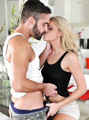 Glamorous blonde Jessa Rhodes is taking this pretty big dick