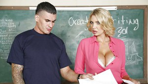 Teacher with full lips Leigh Darby get some tasty thick sperm