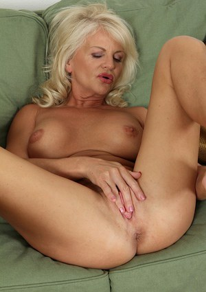 Hot mature blondes naked