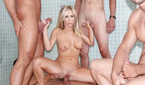 Hardcore bath orgy with perverted dick-swallowing blonde Tasha Reign