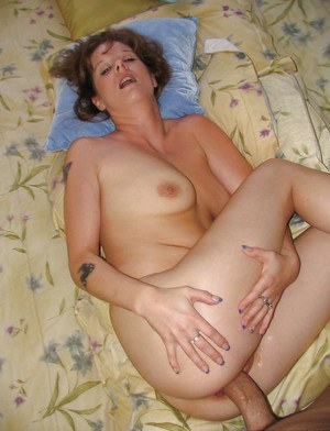 Mature brunette Mia is giving a deep blowjob and swallowing the load