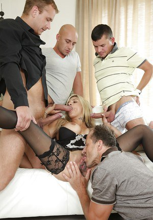 Milf Klarisa Leone was fucked by gang of horny big pricks in close-up