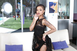 Stunning ebony Skin Diamond poses on her high heels very pretty