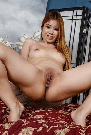 Amateur Asian chick Asia Zo is practicing foot fetish and masturbation