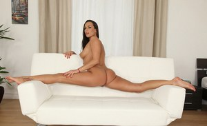 Amateur brunette Mea Melone demonstrates how flexible her body is