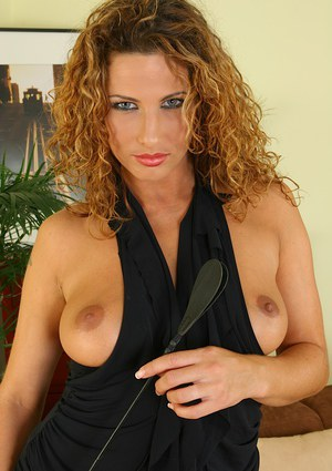 Sweet spicy chick Yvette is taking her dress off and playing hot