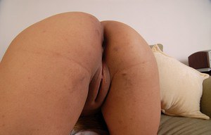 Fatty Latina LadySpice touches her hot shaved hole on the camera