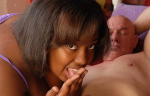 Fat ebony Elite gives head for this guy and drinks his white jizz