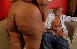 Ebony Champagne shows her ass and rides on this small black dick