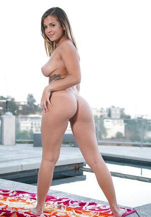 Mom Keisha Grey is presenting her nice ass and juicy small boobies