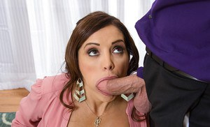 Office Latina Francesca Le was fucked hard by her perverted boss
