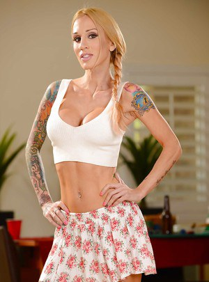Slender blonde wife Kendall Karson shows her naked tattooed body