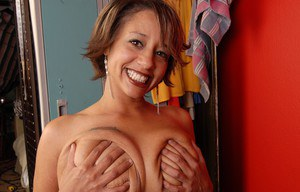Mature Latina Sara is showing off her big natural boobies and asshole