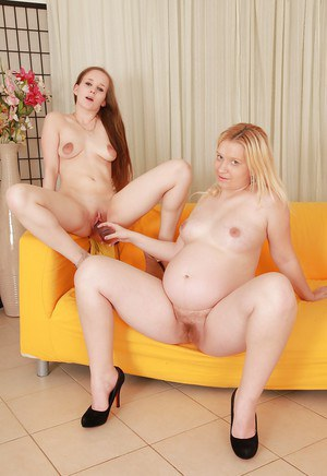 Nicoll and Jessica Lion are playing with their awesome rubber dildos