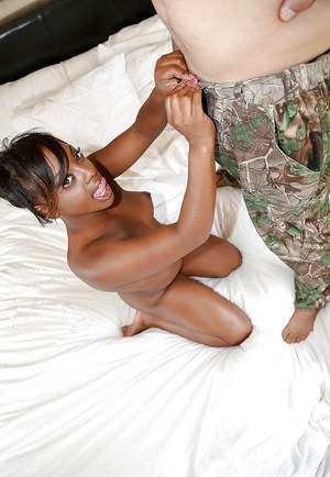Sexy black-skinned chick Tamra Millan is sucking this white dick