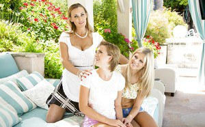 Sexy blondes Scarlet Red, Tanya Tate and Bailey Bae are posing